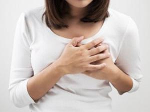 боль в области молочных желез