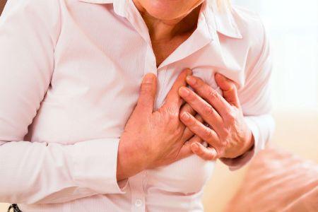 сильная боль в молочной железе